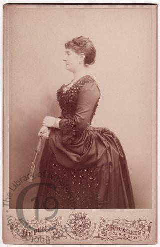 Mrs Caroline Frecker