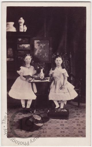Ethel and Alice Ricardo