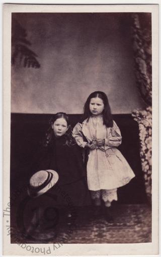 Ethel and Alice Ricardo