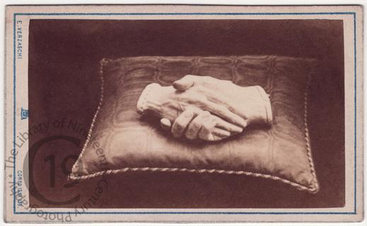 Clasped hands of Browning and his wife