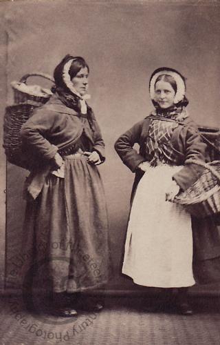 Cullercoats fisherwomen, 1865