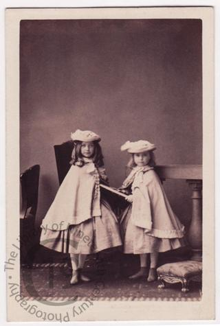 Mrs Gardiner's daughters