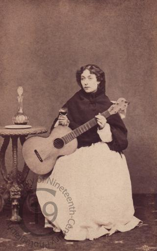 Lydia Foote with guitar