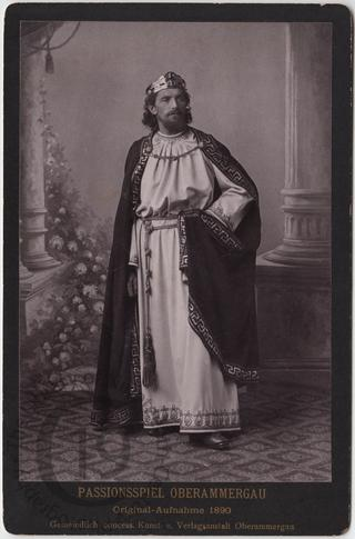 Chorus leader, 1890