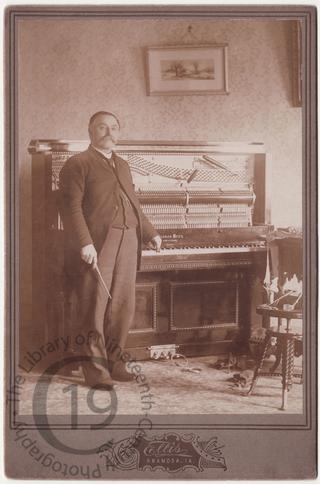 A piano tuner