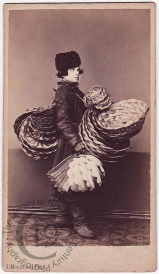 'Fancy basket seller'