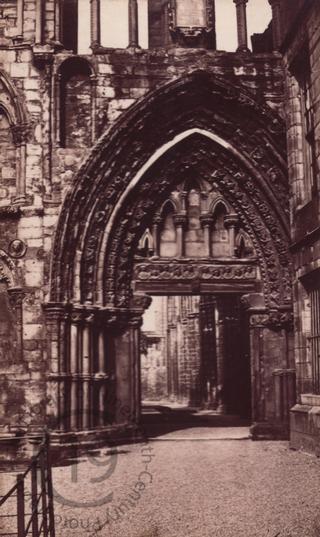 Holyrood Chapel in Edinburgh