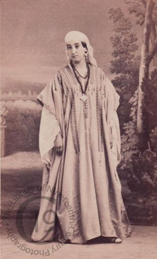 A performer in Rossini's 'Moïse et Pharaon'