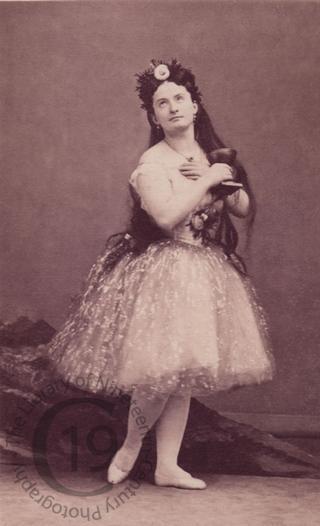 Mlle Amina Boschetti