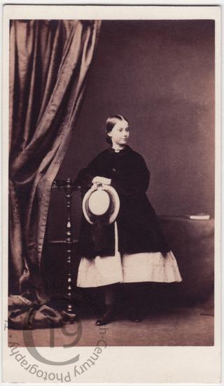 'Edith'