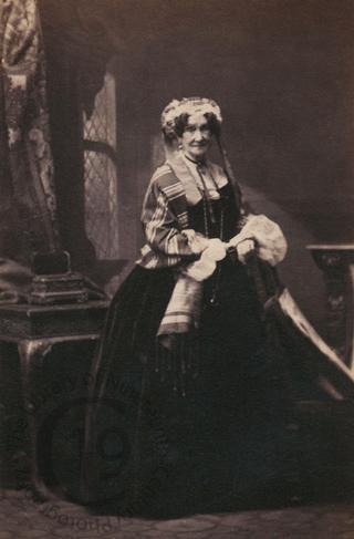 Mrs Robert Mitford