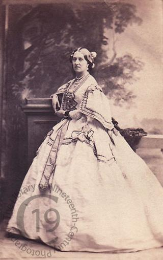 Lady Cosmo Russell