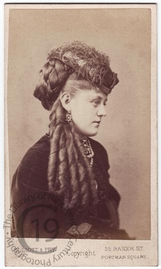 Marion Lee