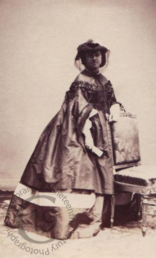 Hon Blanche Gough-Calthorpe