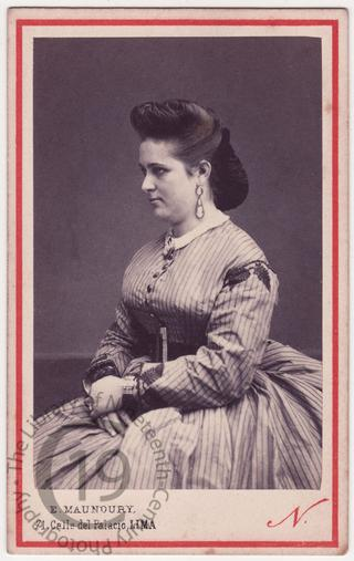 Señorita Elvira Latorre
