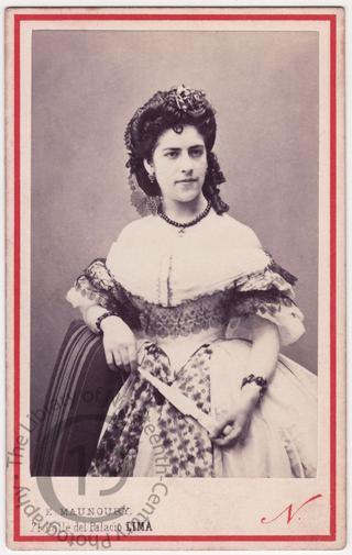 Doña Josefina Correa