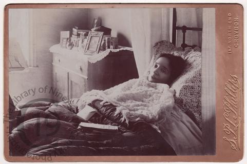 Pre-mortem portrait of moribund woman
