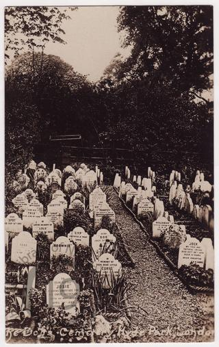 Pet cemetery in Hyde Park, London