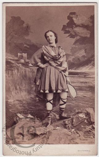 Maria Harris as 'The Fool'