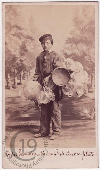 Vendor of copperware